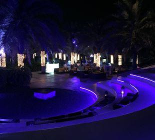 Outdoor Lounge Sheraton Hotel & Resort Abu Dhabi