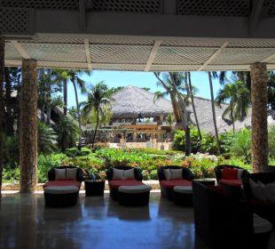 Blick von der Lobby ins Grüne