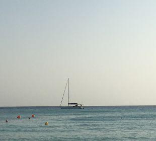 Strand Hotel Nissi Beach Resort