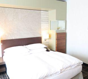 Unser Bett, viel zu kurz und zu schmal Dorint Hotel am Heumarkt Köln