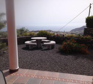 Eine Terrasse mit Garten Villen Los Lomos