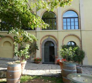 Eingang in Villa/Haupthaus Hotel & Wine Resort Villa Dievole