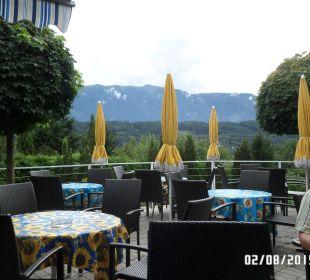 Terrasse zum abendlichen Verweilen Hotel Klein