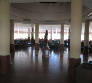 Große geräumige Lobby