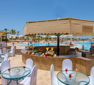 Shalal Pool Bar Hotel Utopia Beach Club