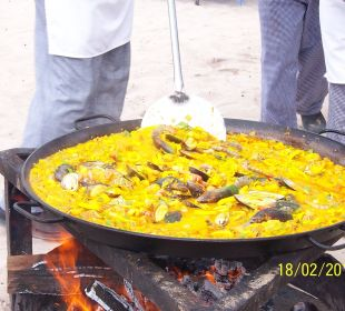 Mittagessen zubereitet am Strand