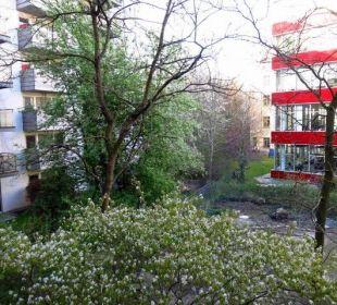 Blick von Fenster Vienna House Easy Berlin