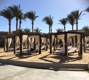 Direkt gegenüber dem Strand - Chill-Out Area Hotel Iberotel Makadi Beach