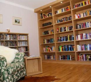 Bibliothek Gästehaus Gertrude
