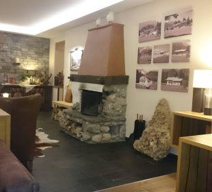 Das gemütliche Kaminzimmer.   Alm- & Wellnesshotel Alpenhof