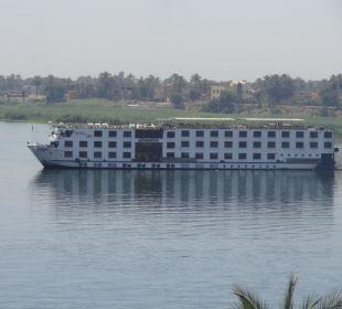 Blick vom Balkon auf den Nil Steigenberger Hotel Nile Palace