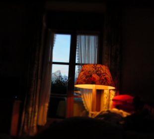 Blick aus dem Bett auf den Watzmann  Hotel Bavaria Berchtesgaden