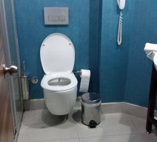 Toilette im Bad Hotel Grand Zaman Beach