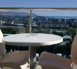 Kleiner Balkon Hotel Titan Select