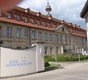 Die Zufahrt zum Hotel Welcome Hotel Residenzschloss