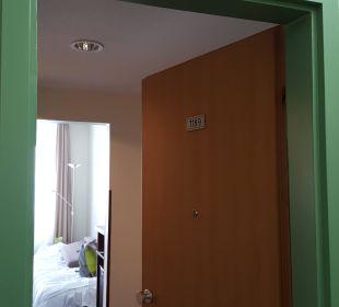 Zimmer Eingang AHORN Seehotel Templin
