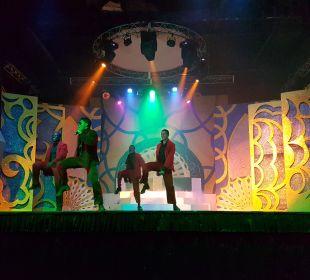 Sehr gute Shows Dreams La Romana Resort & Spa