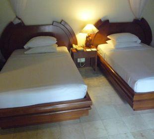 Schlafbereich Villa Nduru Villas Parigata Resort