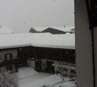 Massen von Schnee  Erlebnishotel Tiroler Adler