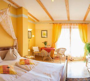 Doppel Zimmer Sonnenschein mit Balkon Landhaus FühlDichWohl