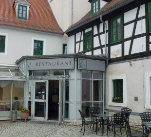 Eingang zum Restaurant Hotel Schloss Schweinsburg