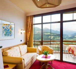 Ausblick vom Panoramazimmer Alpin Panorama Hotel Hubertus