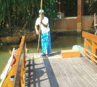Überfahrt mit der Fähre Hotel Ranweli Holiday Village