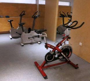 Der unzureichende Fitnessraum JS Hotel Sol de Can Picafort