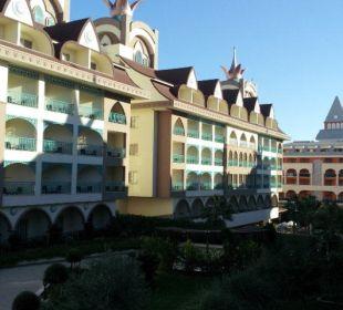 Blick aus Zimmer 1.Etage Hotel Side Crown Palace
