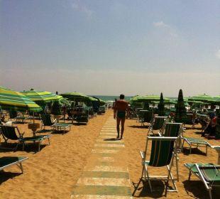 Kostenlos Liegen und Sonnenschirm dabei Hotel Panorama