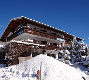 Winter Ansicht Hotel Garni Malerwinkl