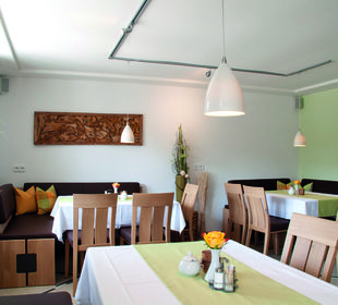 Frühstücks- und Aufenthaltsraum Haus Drei Tannen