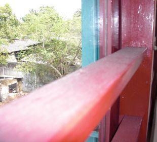 Fenster Hotel Ayurlanka