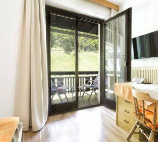 Zimmer mit Balkon und Gartenblick BergPension Lausegger