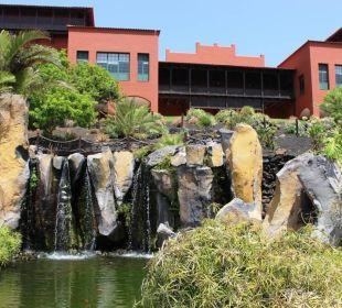 Hauptgebäude und Gartenanlage Teneguia Princess