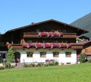 Blick auf den Ausserwieserhof Pension Ausserwieserhof