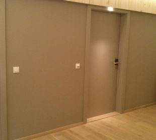 Renovierte Zimmer mit neuen Türen Hotel Walkner