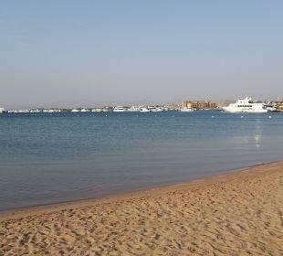Weicher Sand und immer Boote in der Nähe