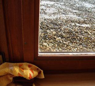 Zugeschraubtes undichtes Fenster Hotel Traube
