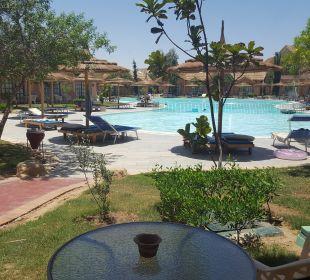 Der Pool an unserem Bungalow  Jungle Aqua Park