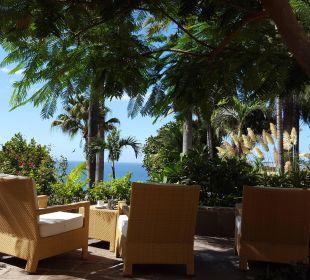 Sitzecke im Garten Hotel Tigaiga
