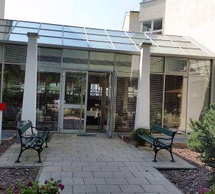 Restaurant von außen Upstalsboom Hotel Ostseestrand
