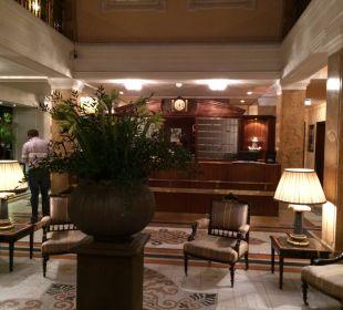 Lobby und Rezeption Hotel Sacher