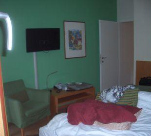 Fernsehen ging nur vom Bett aus Hapimag Resort Merano