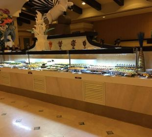Teil des Buffets  Hotel Horus Paradise Luxury Club