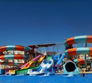 Großer Rutschenspaß SUNRISE Select Royal Makadi Resort