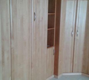 Klappbett mit geräumigem Wandschrank Appartementhaus Dittrich