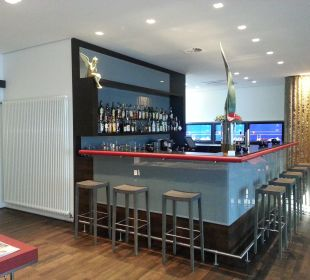 Bar art & business hotel