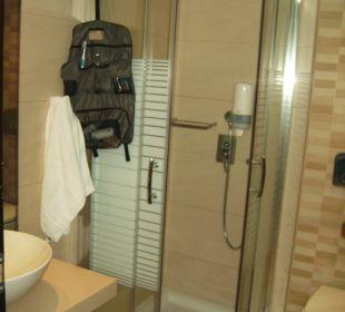 Sauberes Bad Hotel Golden Beach