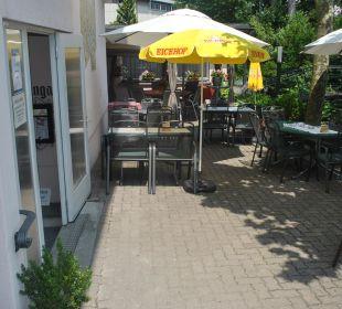 Unsere schöne Gartenwirtschaft Hotel Bahnhof